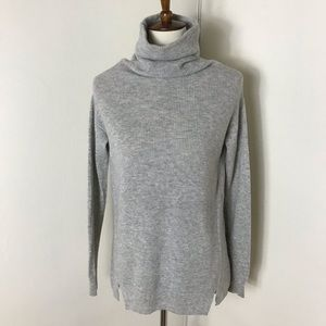 Vineyard Vines wool cashmere turtleneck sweater